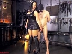 A little game of pain and arousal