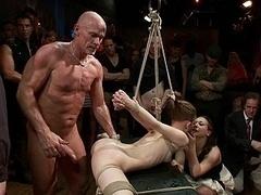 Sadomasoquismo, Flexible, Grupo, Sexo duro, Inocente, Público, Castigada, Esclavo