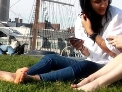 Candid Sexy NYC College Girls Feet Soles
