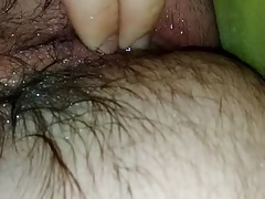 Amateur play with he's asshole