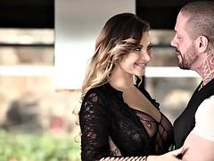 Sexy lingerie babe Anna Polina gets fucked