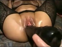 Extreme Toying & Handballing Hot Brunette