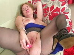 British milfs Lily & Amy love masturbating in pantyhose