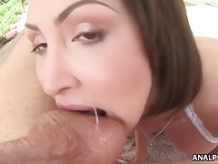 Yasmin Scott anal prolapse!
