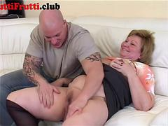 Chubby Granny first anal