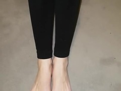 Sabrina show her incredible feet in a close up