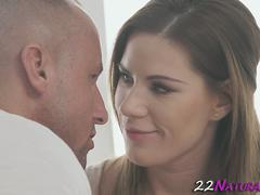 Jizzy mouthed hottie fuck