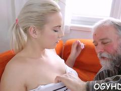 Amateur, Blonde, Sucer une bite, Hard, Russe, Adolescente