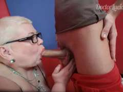Youthful guy visited chubby nurse for the very first time