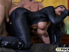 Huge boobs pornstar dped while sucking off on the bed