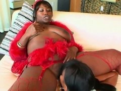 Two ebony fillies have some lesbian fun