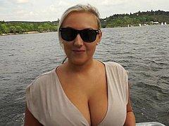 Grote mammen, Blond, Rondborstig, Tsjechisch, Natuurlijk, Natuurlijke tieten, Buiten, Realiteit
