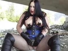 Sizeable Tits Goth Blowjob Stockings 45