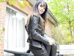 Smoking Leather Dommes