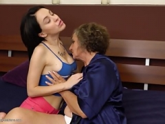Curly unshaved old mom fucks young daughter