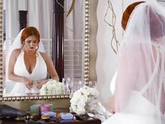 Невеста, Кончили внутрь, Грязь, Сиськи
