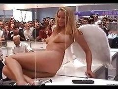 Denise, Naked in Public as an Angel by snahbrandy