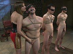 着衣女と全裸男, 服従, 女, フェムドム, 淫乱熟女, 愛人, 奴隷