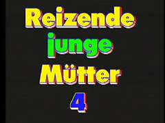 Reizende Junge Mutter four