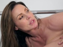 MILF's exercises in a gym turns into a hot act of fucking with coach