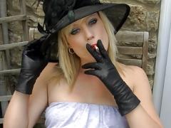 Smoking blonde upskirt cum bucket in leather gloves