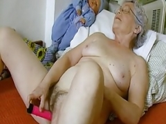 OmaHoteL Shaggy Granny Pussy Filled With Adult Vibrator