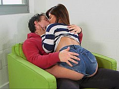 Teen babe making out with her young BF