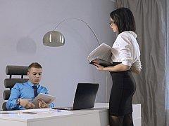 フェラチオ, 茶髪の, 衣服着たままセックス, ヨーロピアン, ヌード, オフィス, 秘密の, フェラする