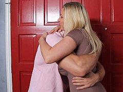 Gros seins, Blonde, Sucer une bite, Hard, Femme au foyer, Mère que j'aimerais baiser, Maman