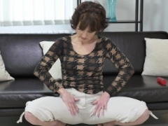 European milf Alice Sharp works her cunt with a vibrator