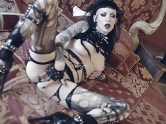 Goth broad plays with butt plug and big black dildo.mp4