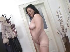 Sexy true plumpish mature mother with saggy bra buddies