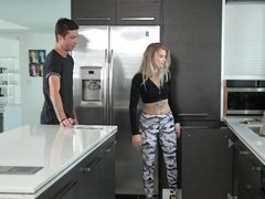 Blonde is in the kitchen, getting her cunt rammed deeply