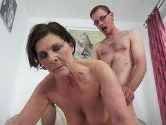 Mooie dikke vrouwen, Pijpbeurt, Sperma in gezicht, Omie
