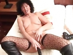 Sexy Sexually available mom in hot stockings