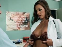 Temptress enjoys astounding have an intercourse in hospital gusto