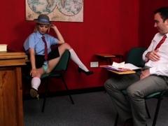Voyeur police girl instructs guy to wank
