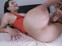 Stacked slut seduced