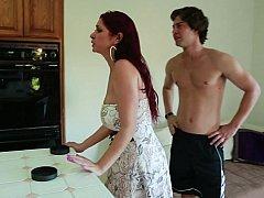 Hardcore, Huisvrouw, Keuken, Rijpe lesbienne, Moeder die ik wil neuken, Moeder, Roodharige vrouw
