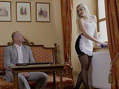 Blonde, Doigter, Hôtel, Embrassement, Lingerie, Domestique, Chatte, Jarretelles
