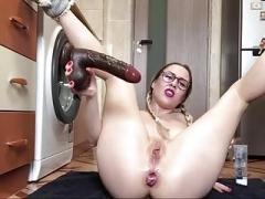 Ella Destroys Her Butt Webcam