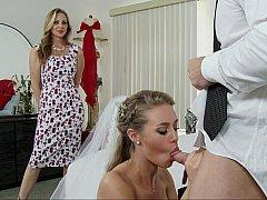 Amerikanisch, Blondine, Braut, Kleid, Familie, Hardcore, Flotter dreier, Hochzeit