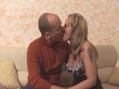 Blonde Housewife Dilettante Good Wi...