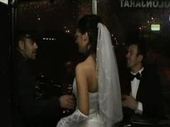 グループ, オージー, 結婚式