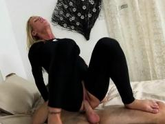 Chap drills in milf's vagina aperture