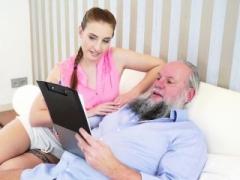 Teenage skank blows grandpa
