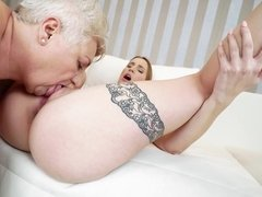 Kissable minx gets embezzled by a horny older whore