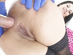 Samia Duarte wants obese love pole up to her big ass