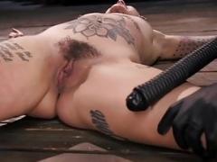 Tattooed Leigh Raven Returns