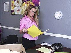 Американки, Большие сиськи, Блондинки, Грудастые, Белье, В офисе, Чулки, Сиськи